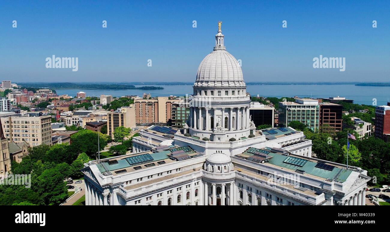 Spectacular, aerial view of Wisconsin State Capitol building and grounds around Capitol Square in sunny, clear morning, Madison, Wisconsin, USA Stock Photo