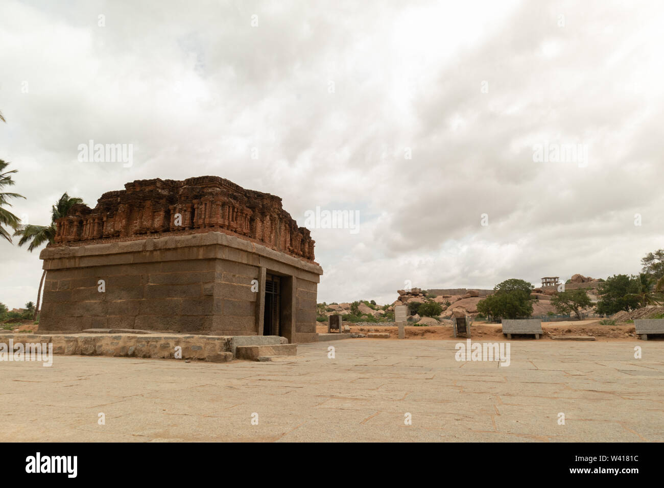 Badavi linga temple in Hampi city, Karnataka,India - Stock Image