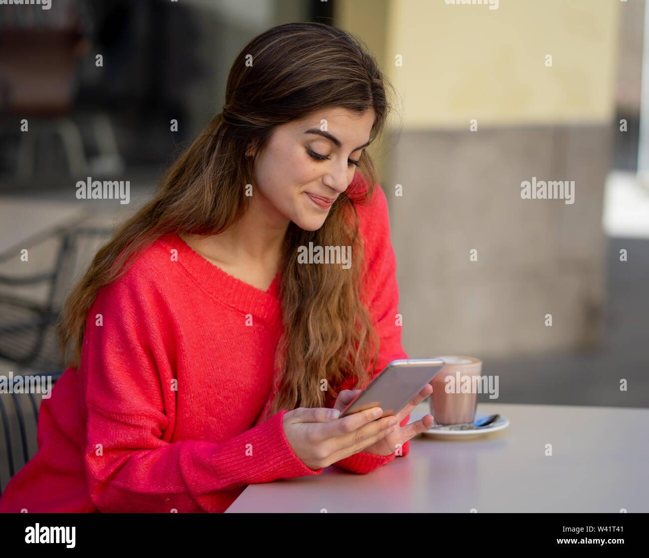 Gratis online dating på mobiltelefon hekte gifs Tumblr