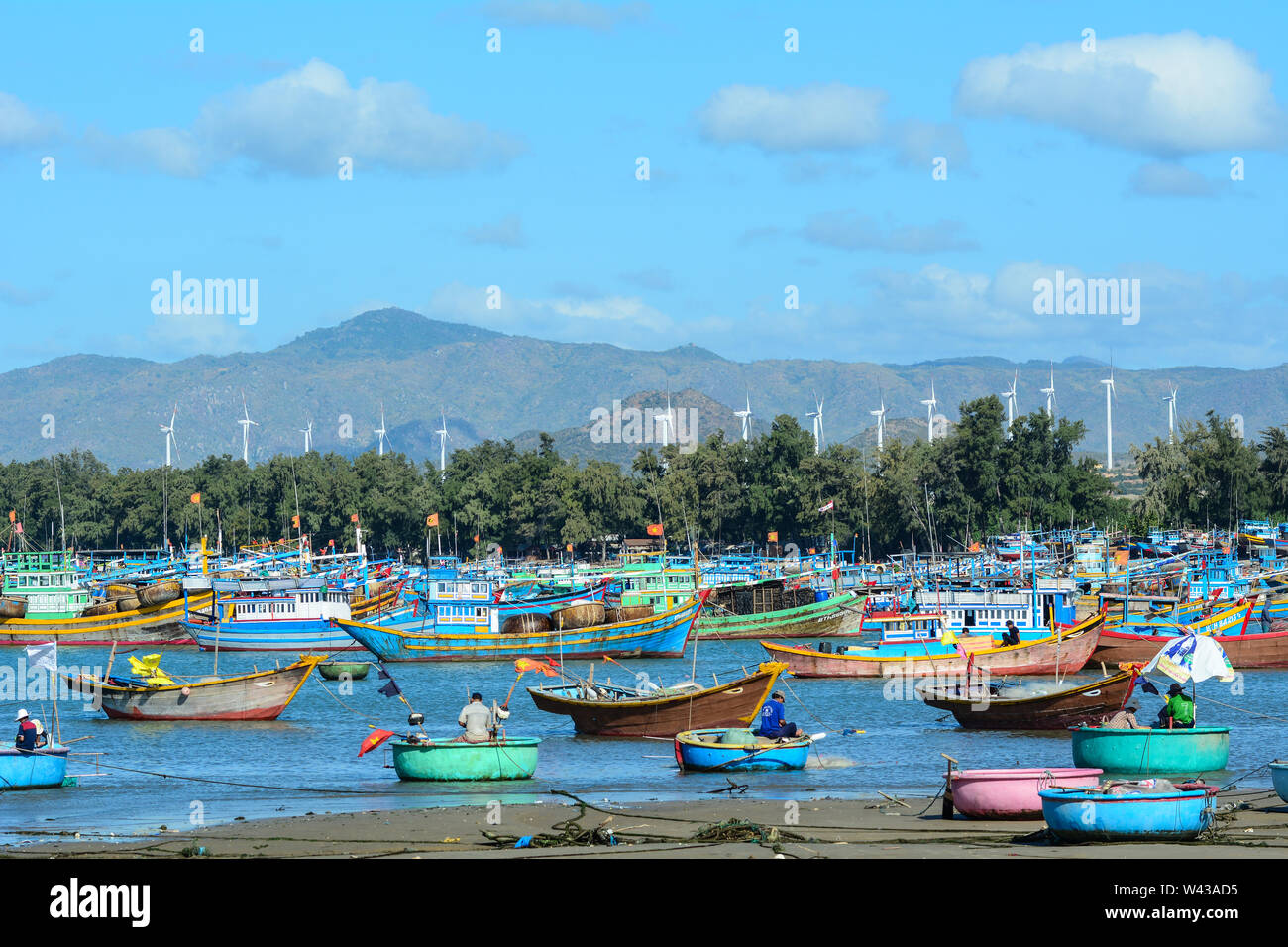 Nha Trang, Vietnam - Jan 27, 2016. Fishing boats at Ben Dam village in Nha Trang, Vietnam. Nha Trang city has a metropolitan area of 251 km2 and popul Stock Photo