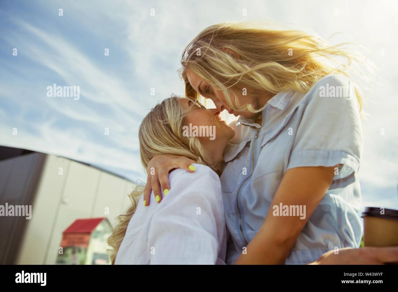 Kissing redhead lesbians Girl/Girl Scene