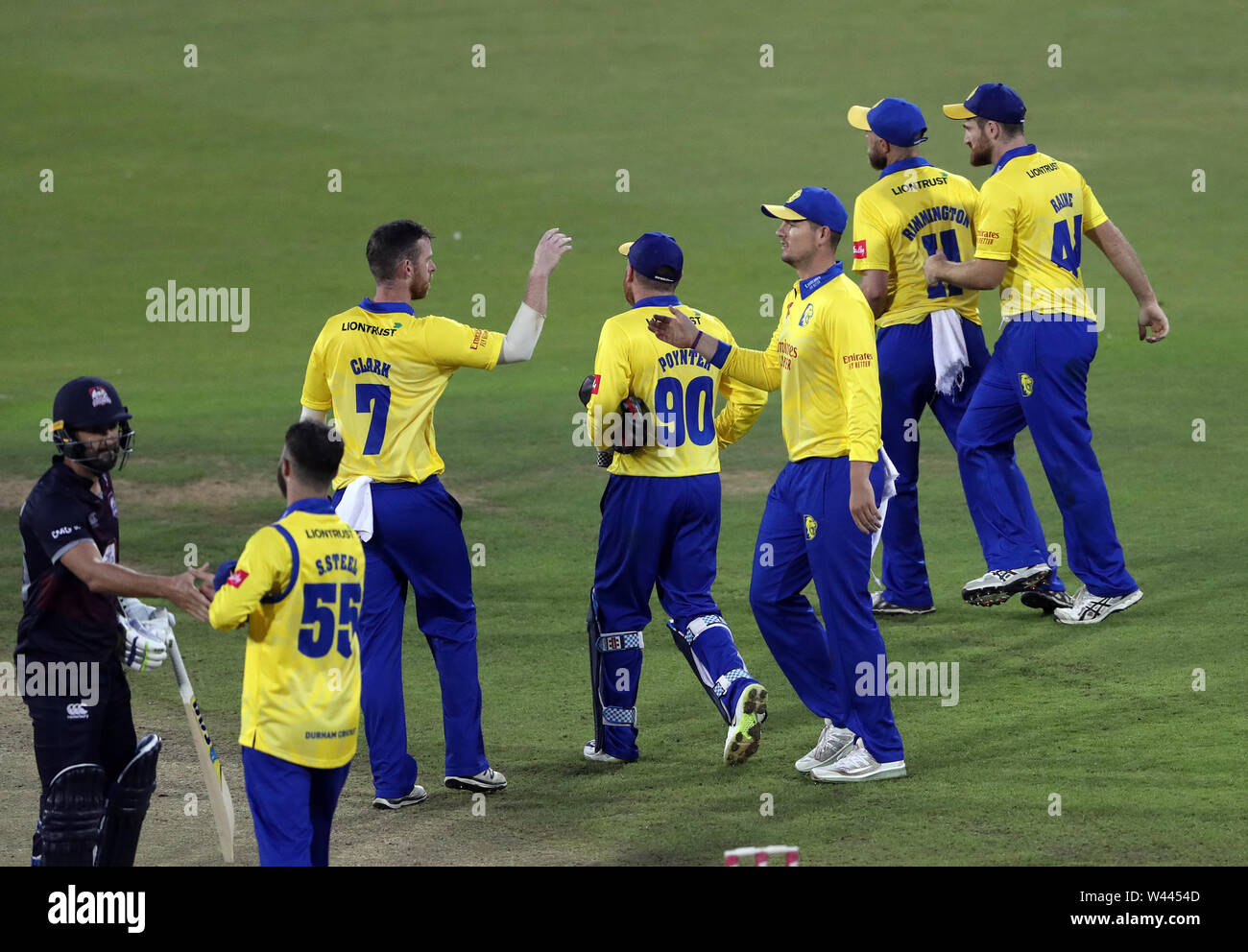 Durham players celebrate winning the match during the Vitality Blast T20 match at Emirates Riverside, Durham. - Stock Image