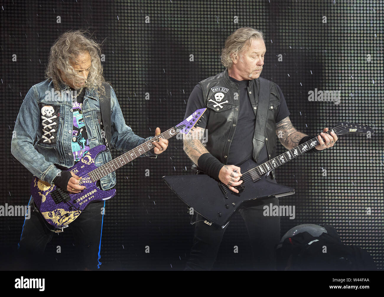 Metallica Performing On Their Worldwired Tour 2019 at Manchester Etihad Stadium Featuring: Metallica, James Hetfield, Kirk Hammett Where: Manchester, United Kingdom When: 18 Jun 2019 Credit: Sakura/WENN.com - Stock Image