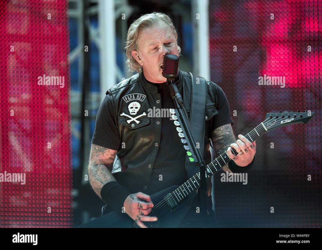 Metallica Performing On Their Worldwired Tour 2019 at Manchester Etihad Stadium Featuring: Metallica, James Hetfield Where: Manchester, United Kingdom When: 18 Jun 2019 Credit: Sakura/WENN.com - Stock Image