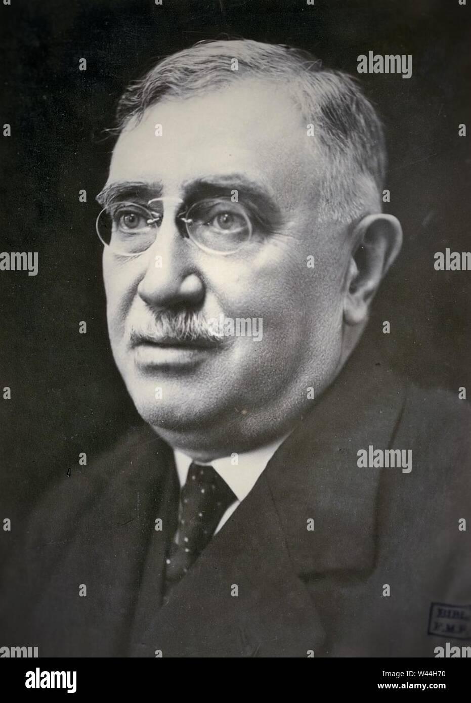 Claude Henri Stock Photos & Claude Henri Stock Images - Alamy