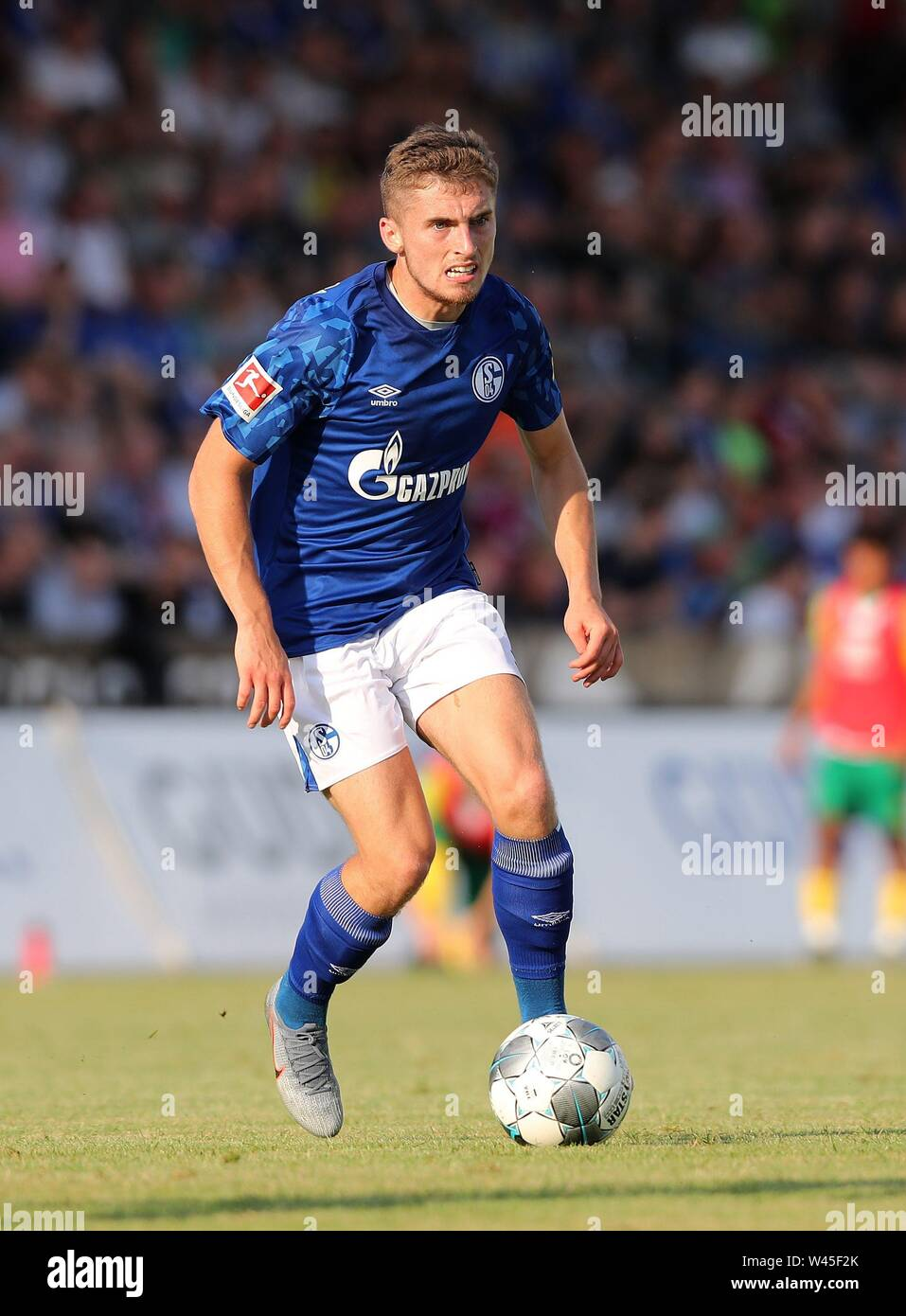 Lotte, Deutschland. 19th July, 2019. firo: 19.07.2019, football, 1.Bundesliga, season 2019/2020, friendly match, FC Schalke 04 - Norwich City Jonjoe KENNY, Schalke, single action | usage worldwide Credit: dpa/Alamy Live News - Stock Image
