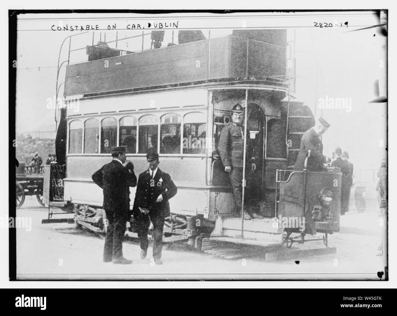 Constable on car - Dublin Stock Photo