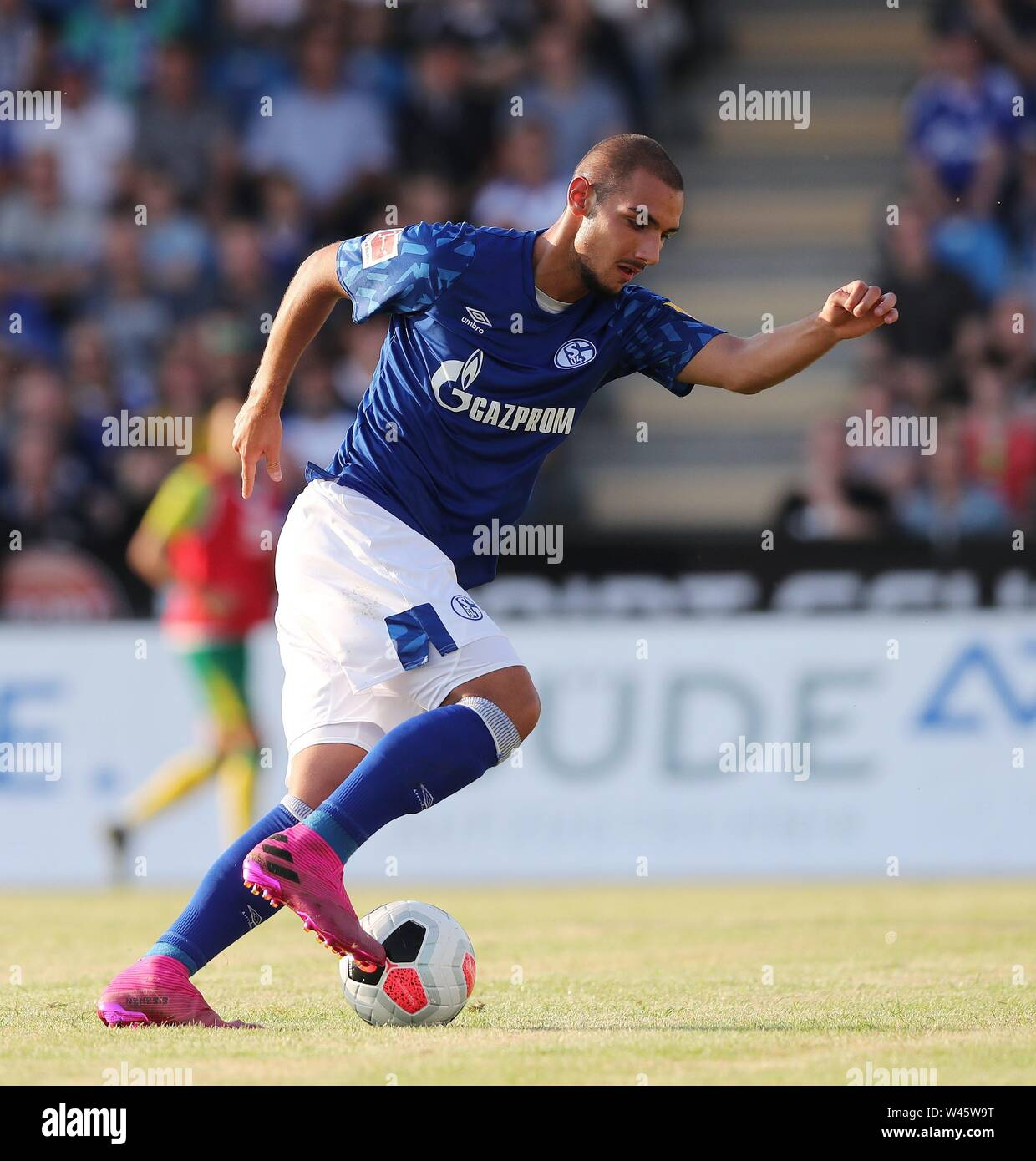 Lotte, Deutschland. 19th July, 2019. firo: 19.07.2019, football, 1.Bundesliga, season 2019/2020, friendly match, FC Schalke 04 - Norwich City Ahmed KUTUCU, Schalke, single action | usage worldwide Credit: dpa/Alamy Live News - Stock Image