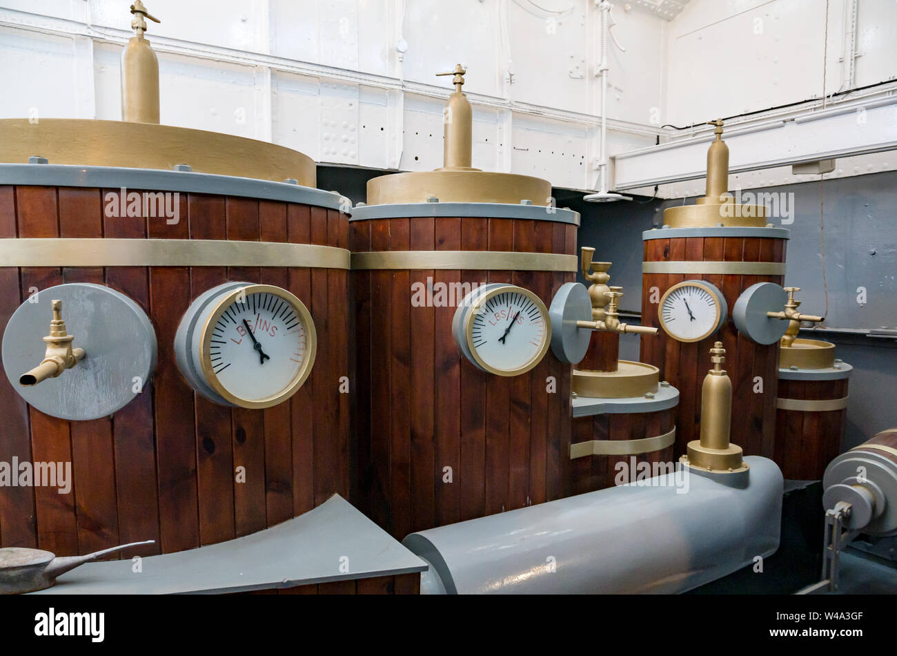 Replicas of boilerheads, RSS Discovery Antarctic research ship, Dundee, Scotland, UK Stock Photo