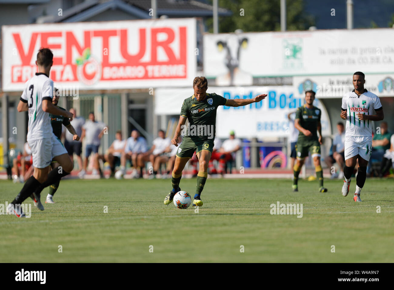 Darfo Boario, Italia. 21st July, 2019. Foto Stefano Nicoli/LaPresse21 luglio 2019 Darfo Boario (Bs), Italia sport calcio Amichevole Brescia Darfo Pre Campionato di calcio Serie A 2019/2020 - Nella foto: Alfredo Donnarumma Photo Stefano Nicoli/LaPresse July 20, 2019 Darfo Boario (Bs), Italy sport soccer Friendly match Brescia Darfo League A TIM 2019/2020 - In the pic:Alfredo Donnarumma Credit: LaPresse/Alamy Live News - Stock Image