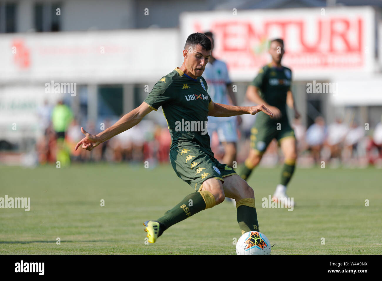 Darfo Boario, Italia. 21st July, 2019. Foto Stefano Nicoli/LaPresse21 luglio 2019 Darfo Boario (Bs), Italia sport calcio Amichevole Brescia Darfo Pre Campionato di calcio Serie A 2019/2020 - Nella foto: Dimitri Bisoli Photo Stefano Nicoli/LaPresse July 20, 2019 Darfo Boario (Bs), Italy sport soccer Friendly match Brescia Darfo League A TIM 2019/2020 - In the pic:Dimitri Bisoli Credit: LaPresse/Alamy Live News - Stock Image