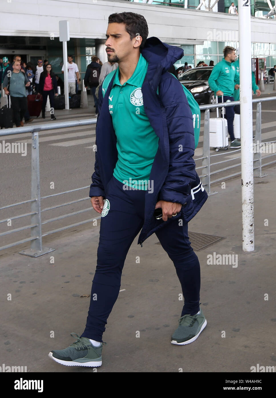 Buenos Aires, Argentina. 21st July, 2019. Player Jean from SE Palmeiras during landing at Buenos Aires International Airport. Credit: Cesar Greco/FotoArena/Alamy Live News Stock Photo