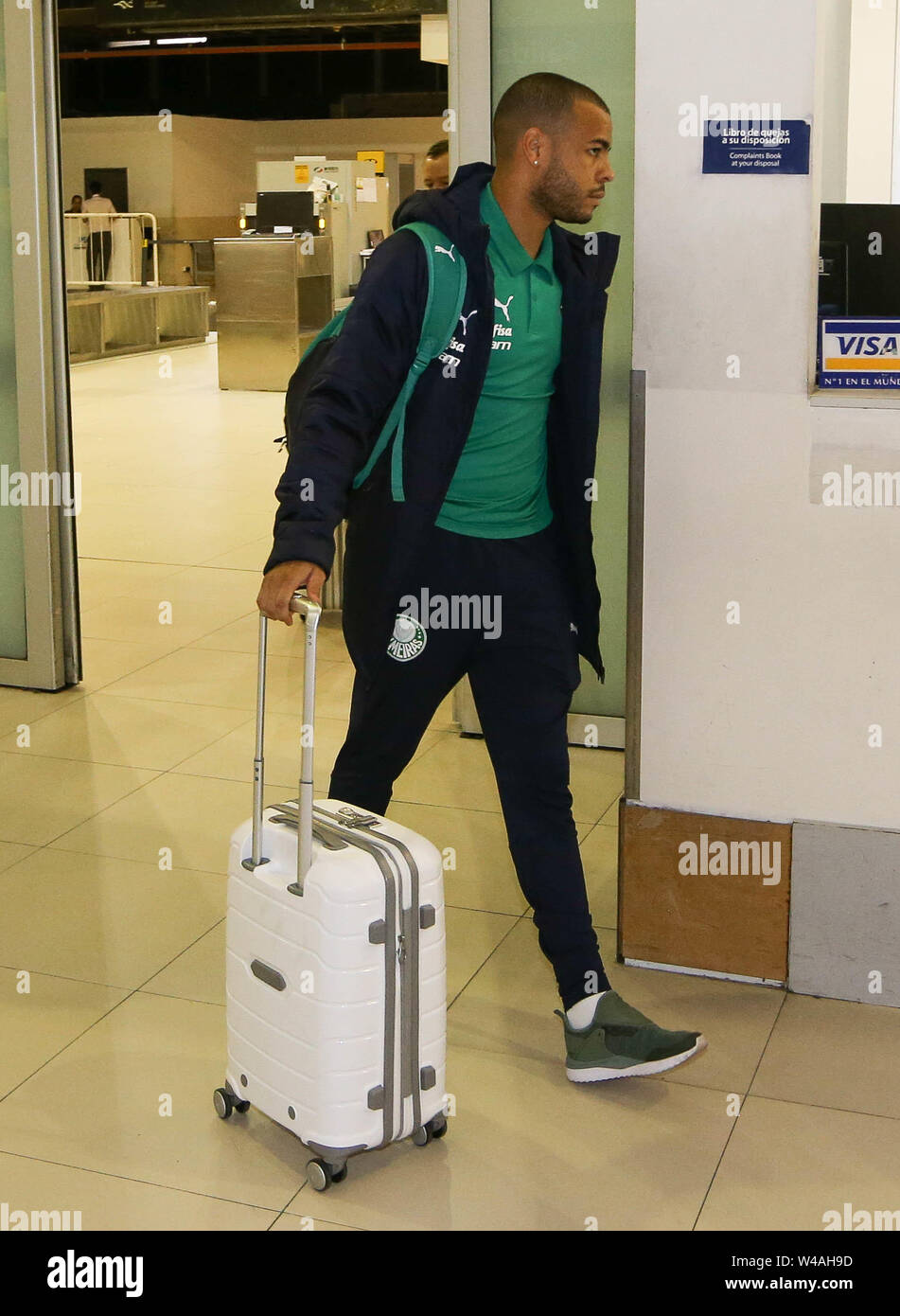 Buenos Aires, Argentina. 21st July, 2019. Mayke player from SE Palmeiras during landing at Buenos Aires International Airport. Credit: Cesar Greco/FotoArena/Alamy Live News - Stock Image