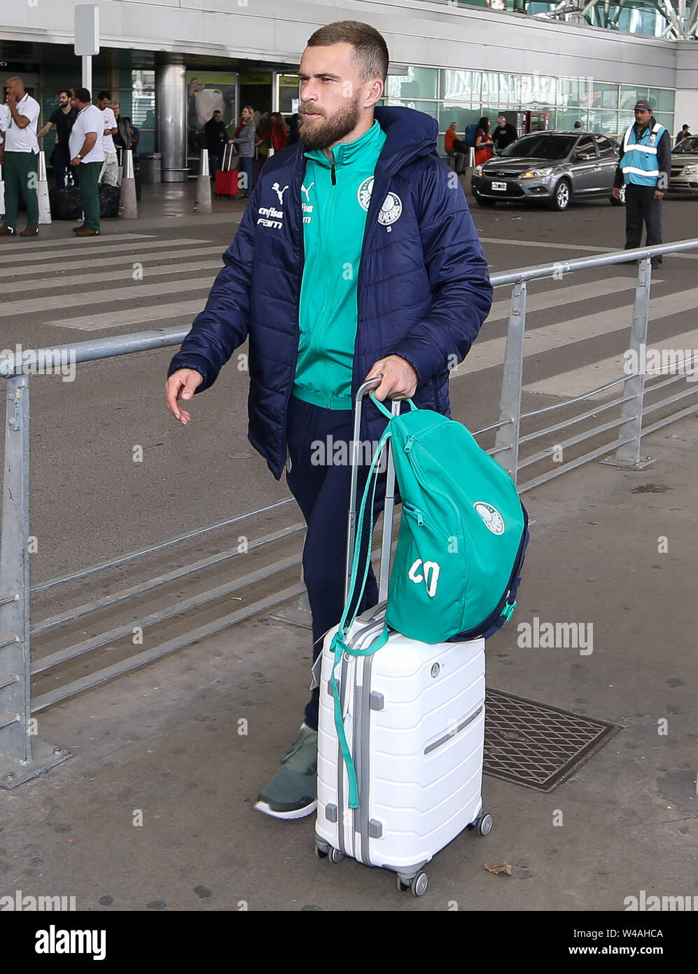 Buenos Aires, Argentina. 21st July, 2019. Lucas Lima, from SE Palmeiras, during landing, at Buenos Aires International Airport. Credit: Cesar Greco/FotoArena/Alamy Live News - Stock Image