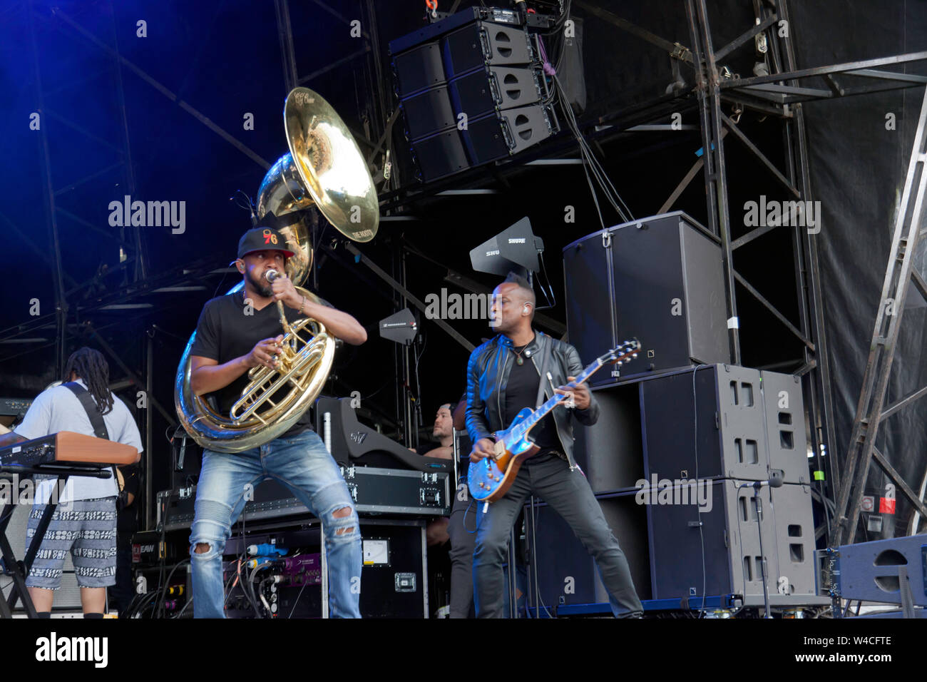 """Captain"""" Kirk Douglas and Tuba Gooding, Jr. (Damon Bryson)performing with The Roots, on the main stage at the OnBlackheath Music Festival 2019 Stock Photo"""