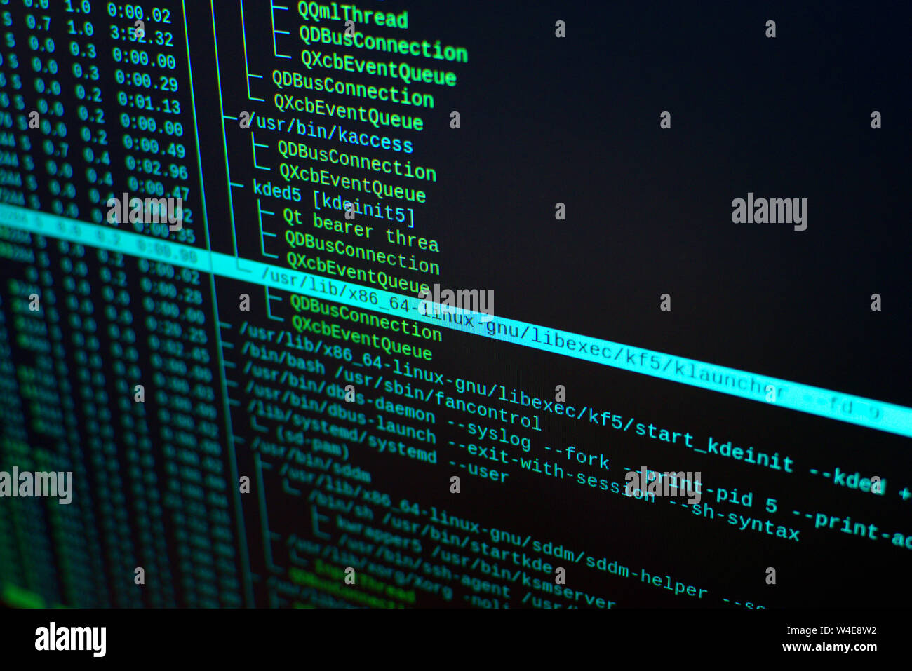 Linux Screen Stock Photos & Linux Screen Stock Images - Alamy