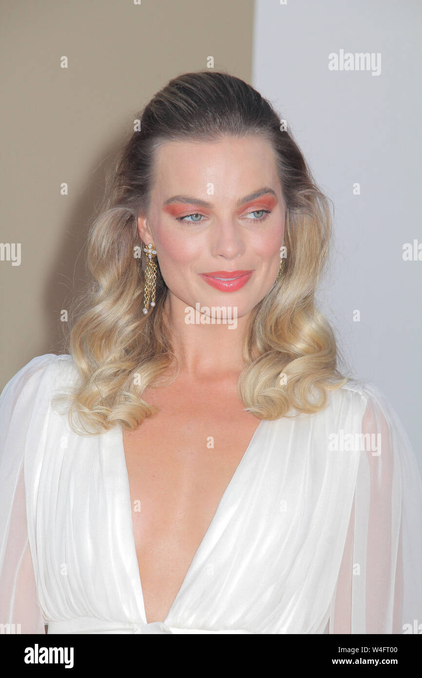 "Los Angeles, USA. 22nd July 2019. Margot Robbie 07/22/2019 The Los Angeles Premiere of ""Once Upon A Time In Hollywood"" held at the TCL Chinese Theatre in Los Angeles, CA Photo by Izumi Hasegawa/HollywoodNewsWire.co Credit: Hollywood News Wire Inc./Alamy Live News Stock Photo"