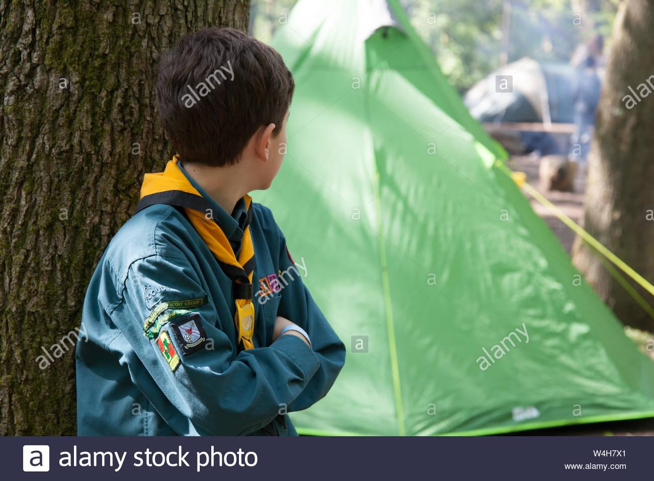 Boy Scout Uk Stock Photos & Boy Scout Uk Stock Images - Alamy