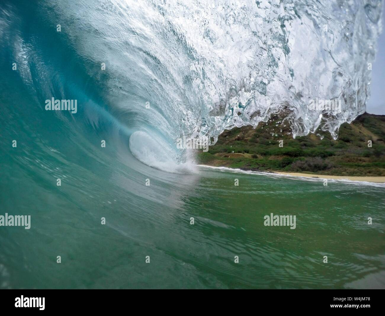 A Beautifully Detailed Closeup Focused Shot Of Strong Ocean
