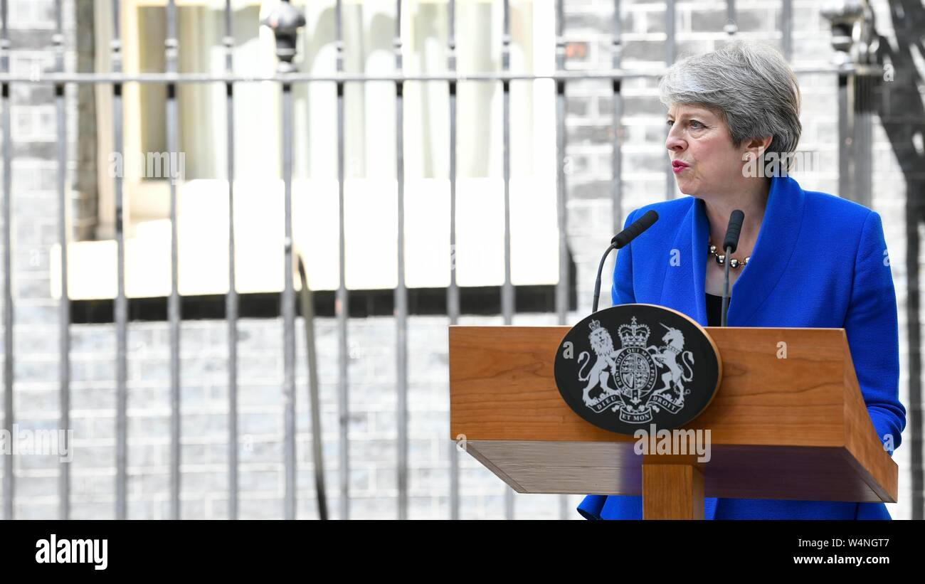 London, UK. 24th July 2019. Theresa May leaves Downing Street. London, UK. 24/07/2019   usage worldwide Credit: dpa picture alliance/Alamy Live News Stock Photo