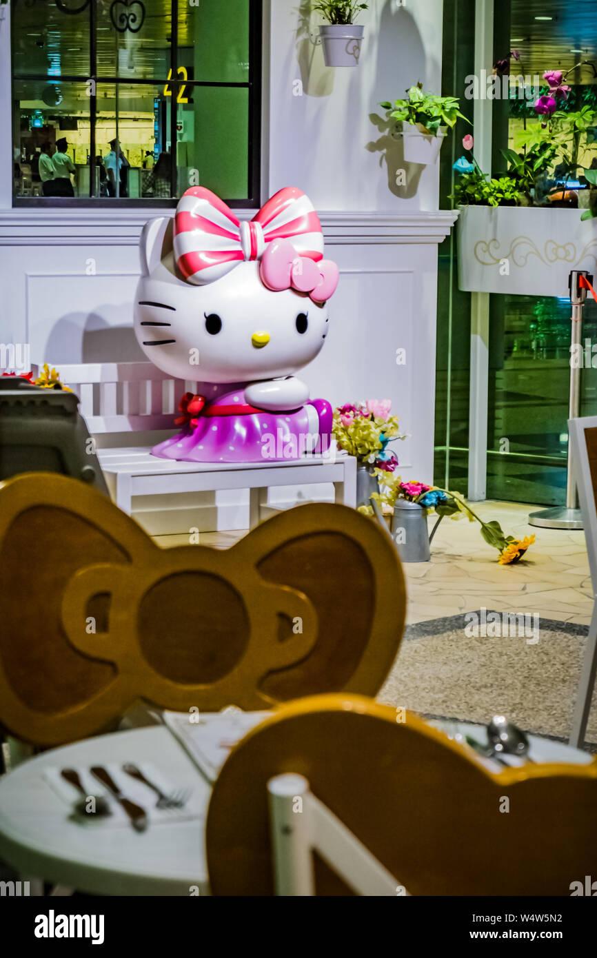Hello Kitty Cat Stock Photos & Hello Kitty Cat Stock Images - Alamy