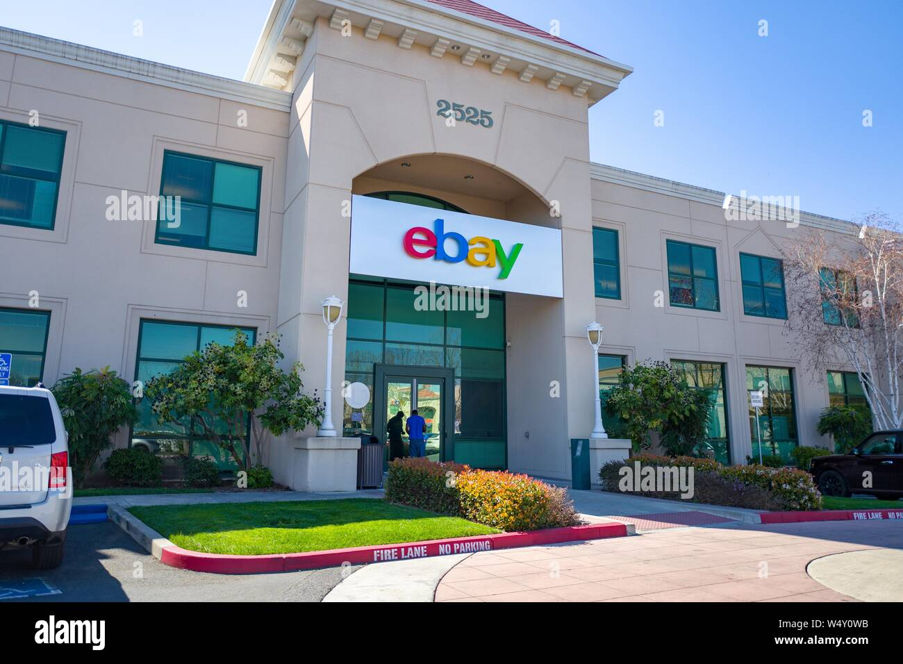 Sign On Facade At Headquarters Of Internet Auction Company Ebay In The Silicon Valley San Jose California March 15 2019 Stock Photo Alamy