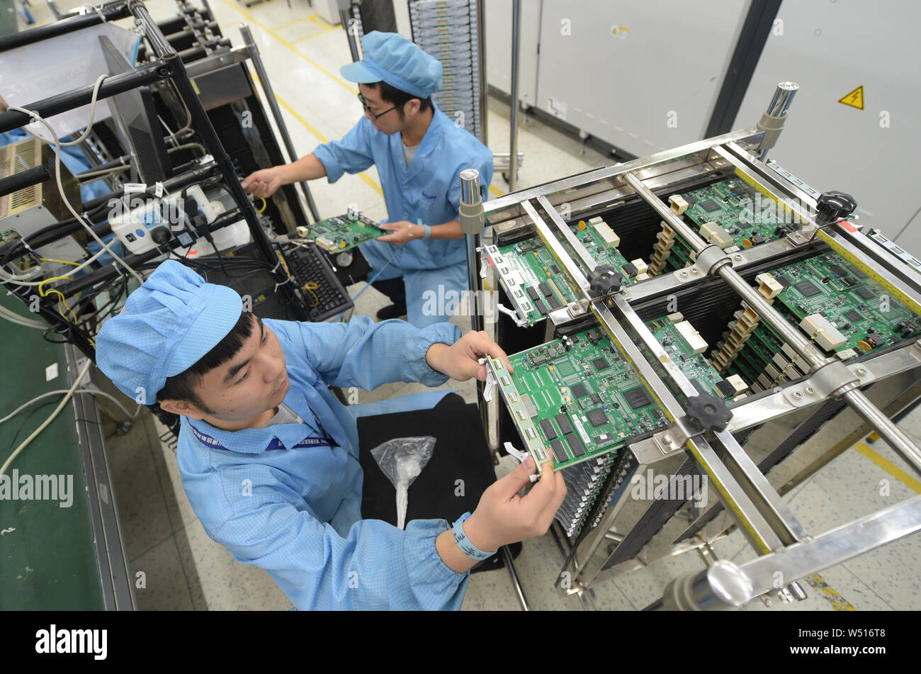 70 70 Stock Photos & 70 70 Stock Images - Page 12 - Alamy