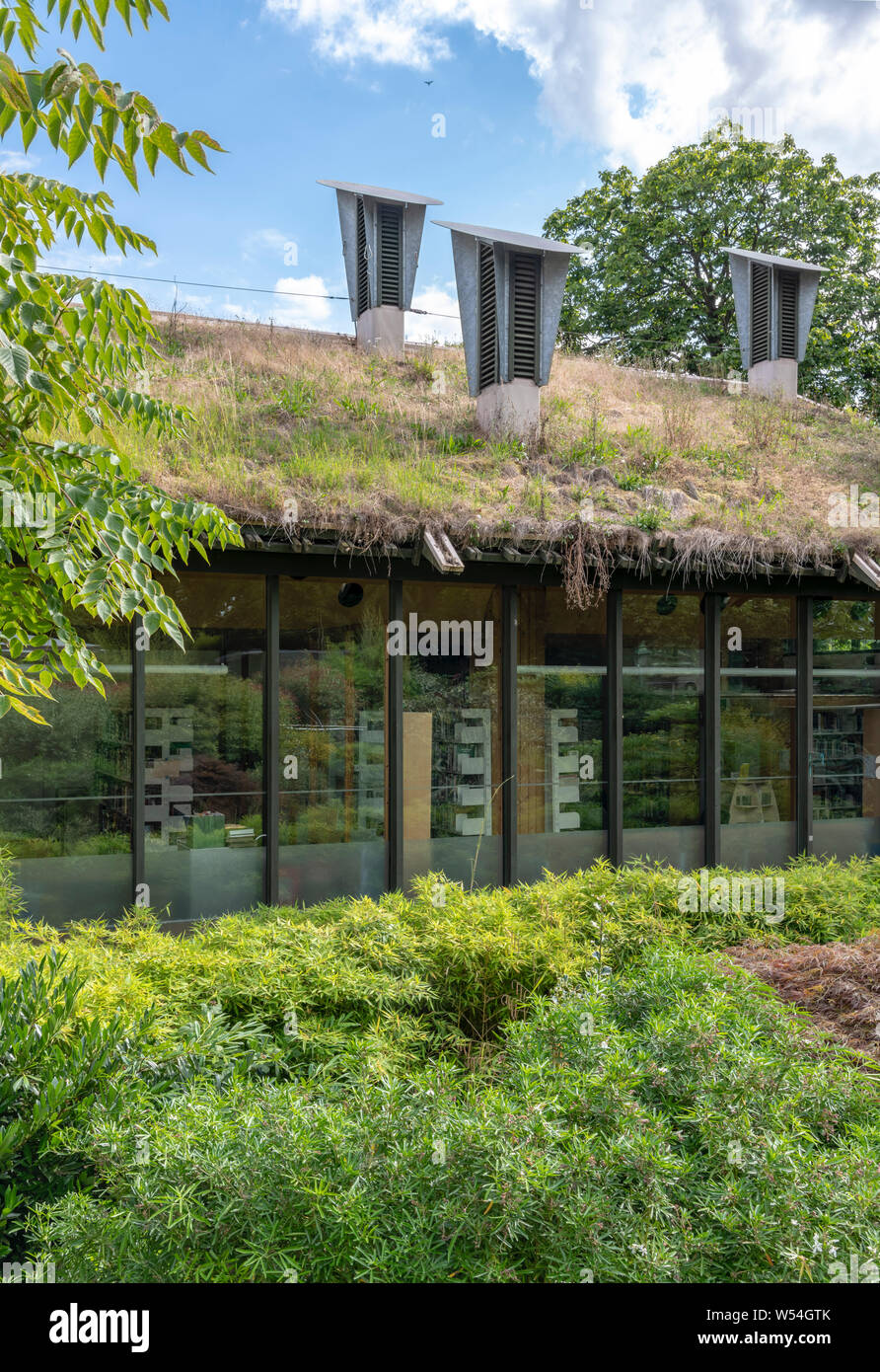 Centre for Understanding the Environment (CUE) an eco building with cowls on the roof which incorporate a passive ventilation system. By Architype. Stock Photo