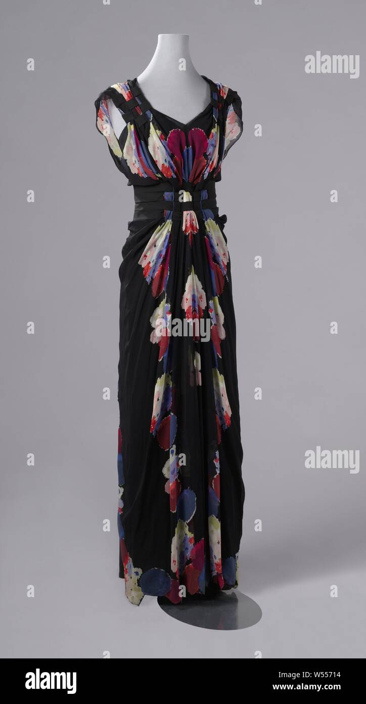 Evening Dress With Floral Pattern High Resolution Stock Photography And Images Alamy