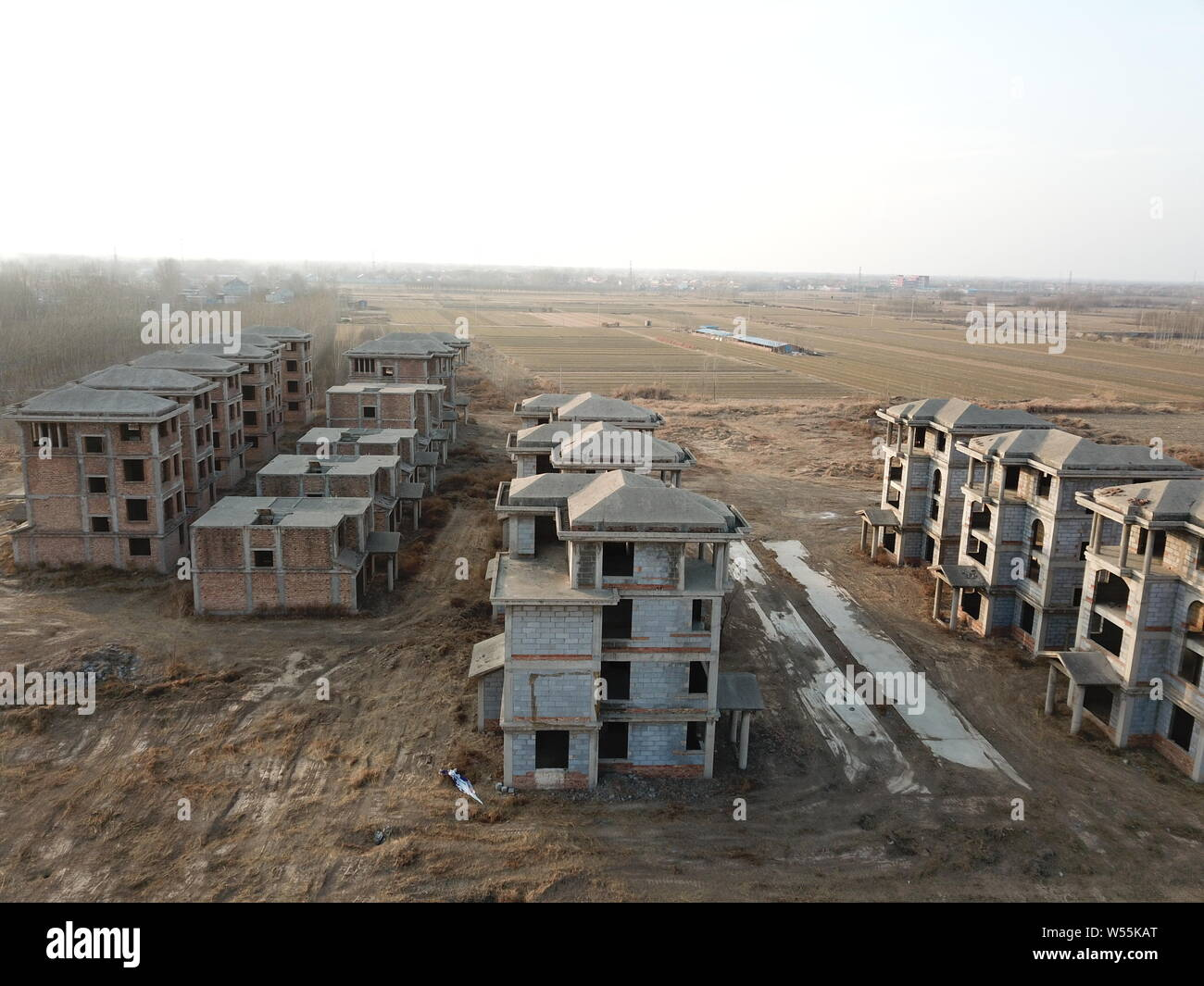 A view of a ghost town with unfinished complex including a boat-shaped building in Yangxin county, Binzhou city, east China's Shandong province, 17 Fe Stock Photo