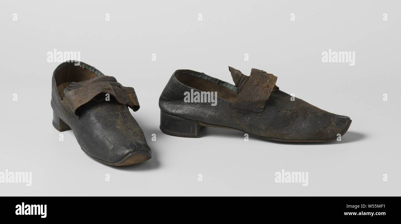 2f99565a4c284 Slightly Built Stock Photos & Slightly Built Stock Images - Alamy