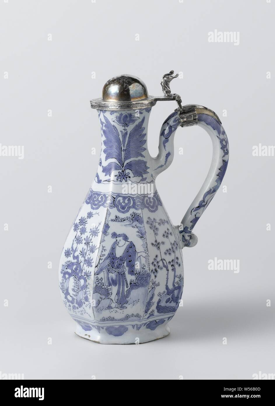 Ewer with silver lid Pot of faience with a lid of silver, anonymous, Delft, c. 1660 - c. 1680, silver (metal), h 19.5 cm Stock Photo