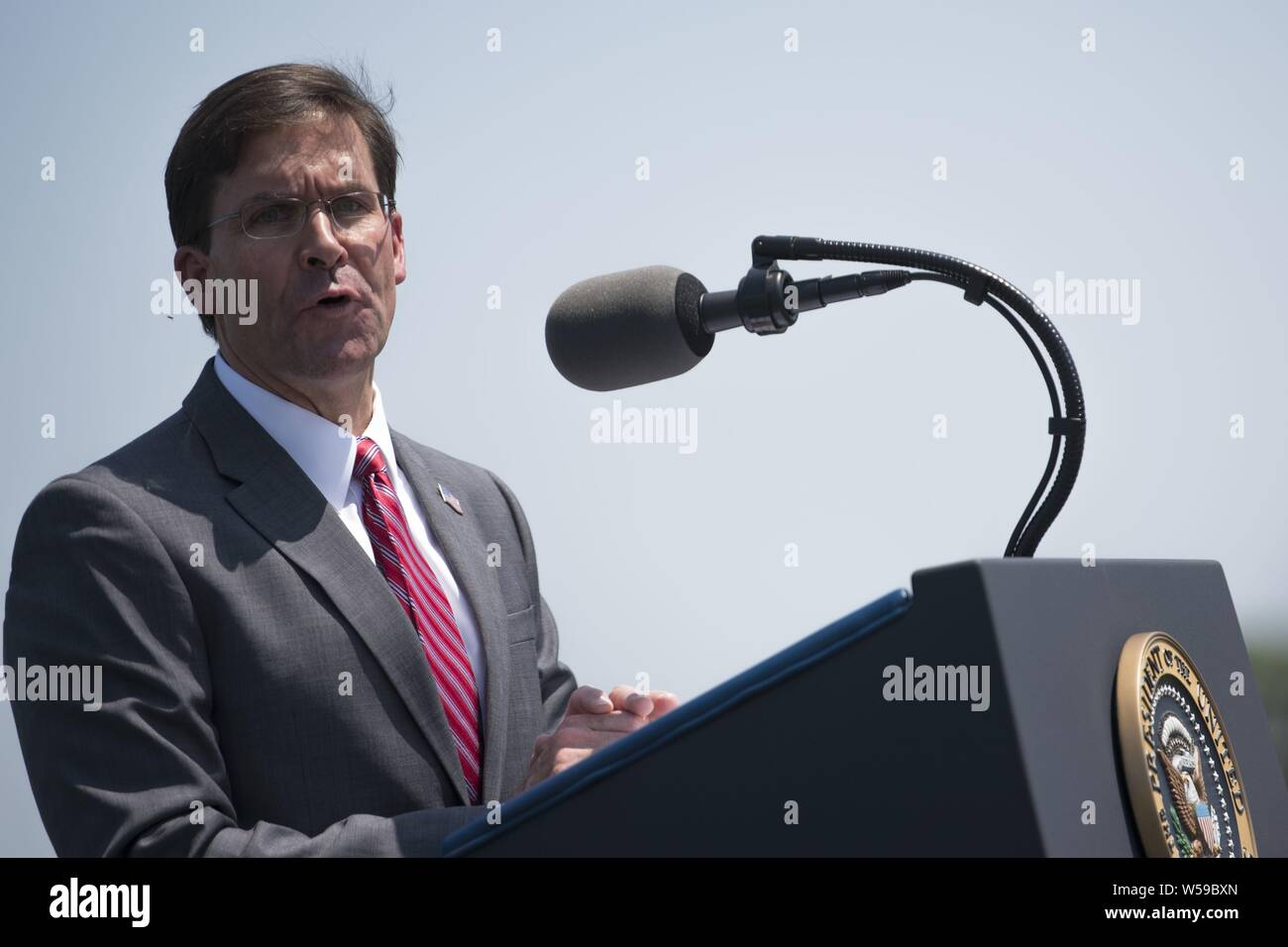 Secretary of Defense Dr. Mark T. Esper speaks during his Full Honors Welcome Ceremony at the Pentagon, Washington, D.C. July 25, 2019, July 25, 2019. (DoD photo by Lisa Ferdinando). () Stock Photo