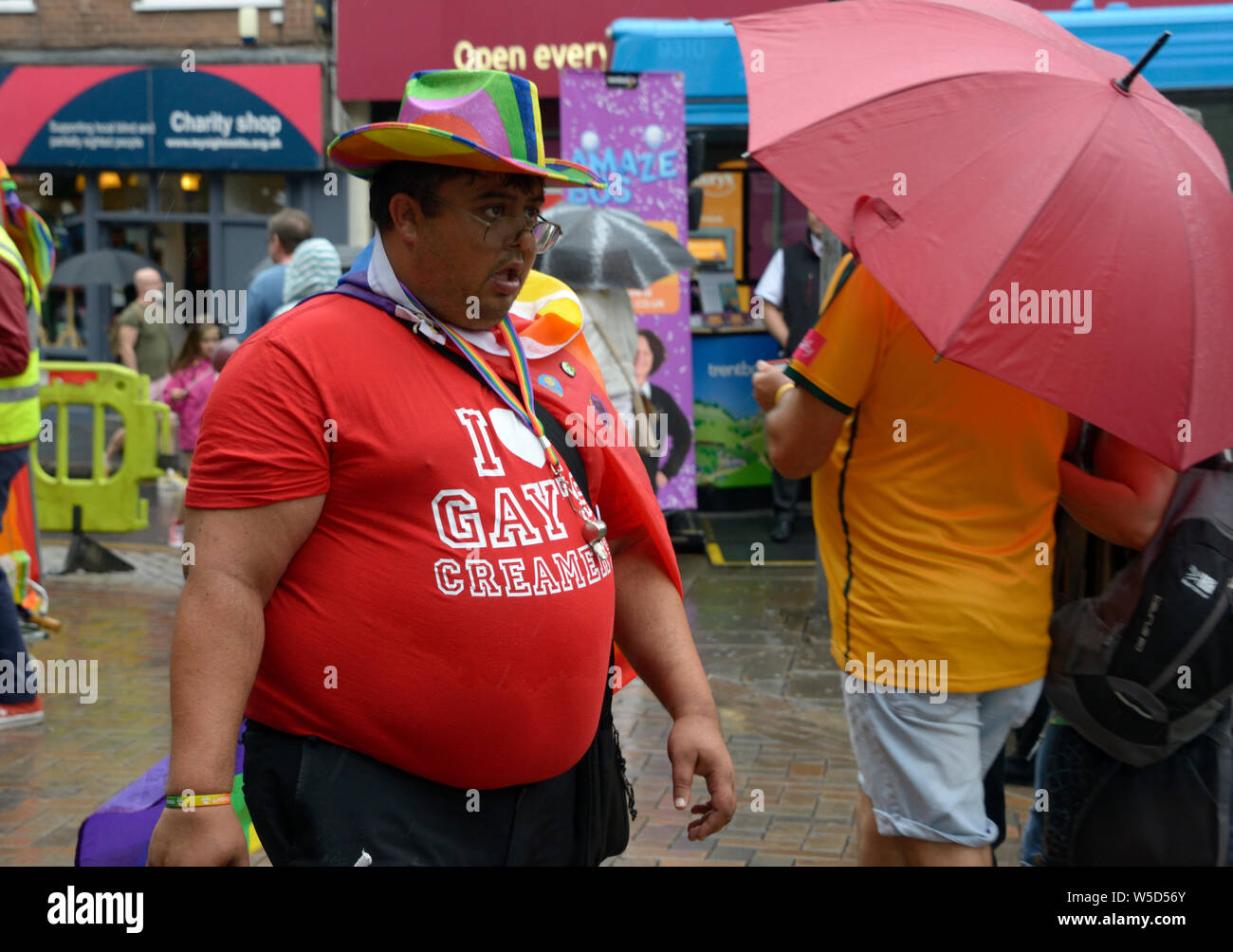 New Nike NYC Be True LGBT Gay Pride Rainbow T Shirt Size Medium New York Black