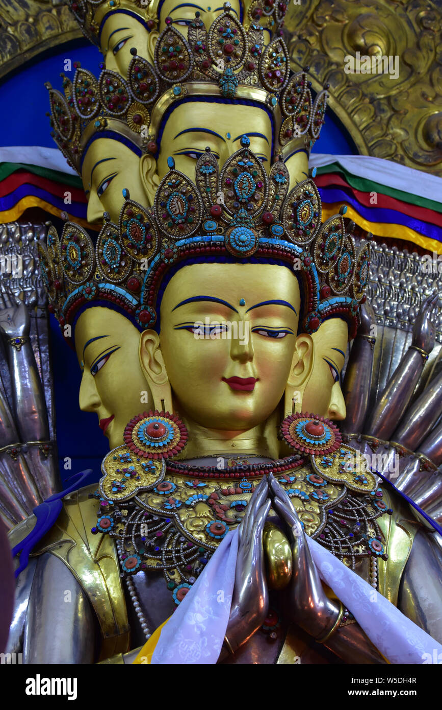 Tibetan Buddhism Chenrezig God Of Compassion Statue India