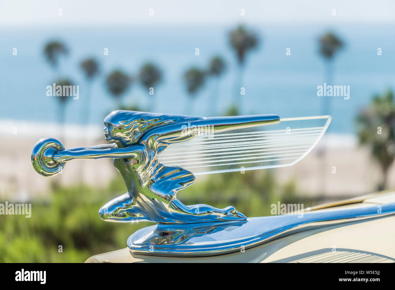Winged Car Stock Photos & Winged Car Stock Images - Alamy