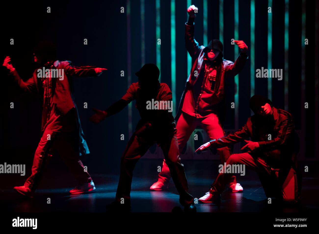 Jabbawockeez Stock Photos & Jabbawockeez Stock Images - Alamy