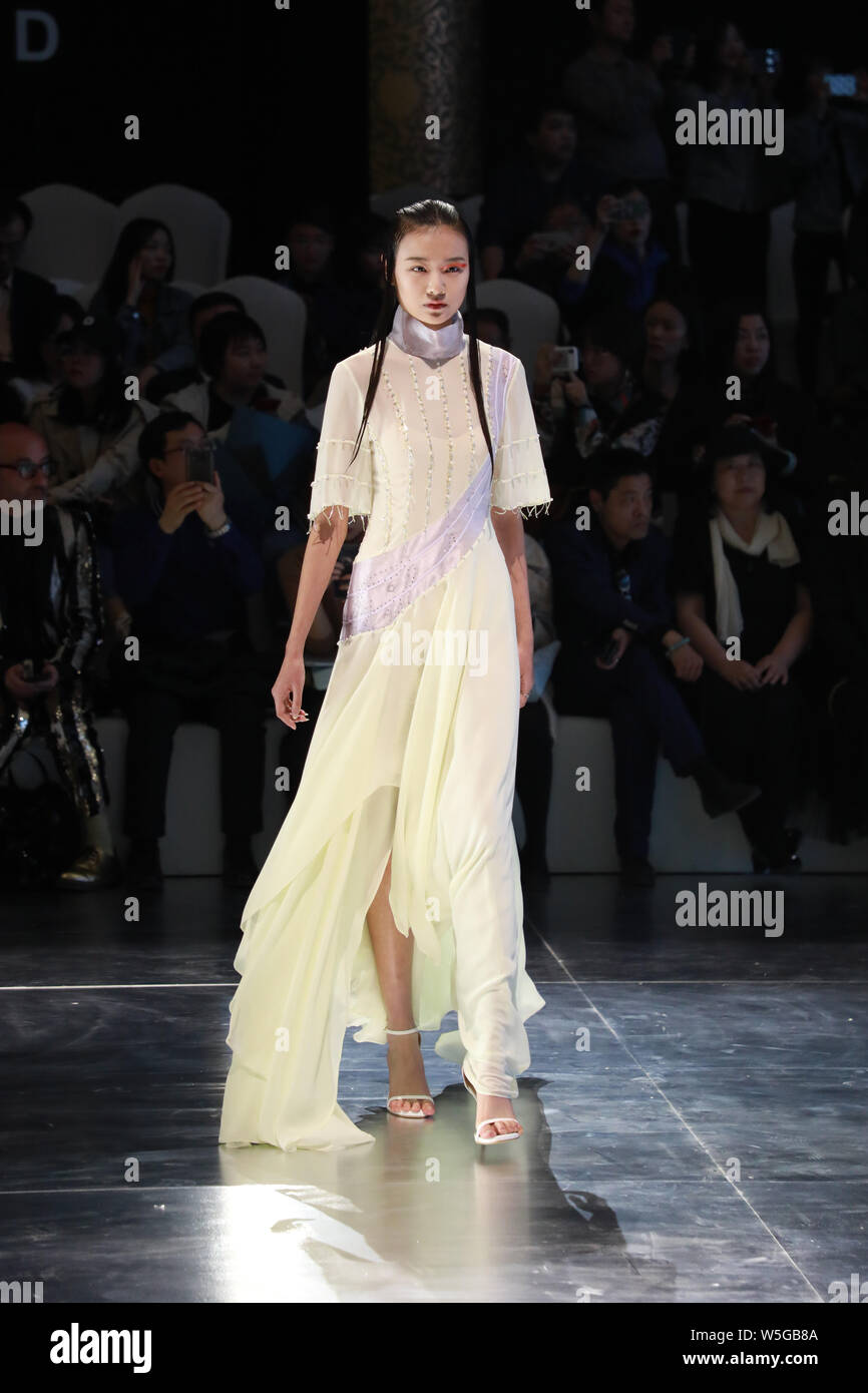 A Model Displays A New Creation At The Fashion Show Of Hempel Award The 27th China International Young Fashion Designers During The China Fashion Week Stock Photo 261588890 Alamy