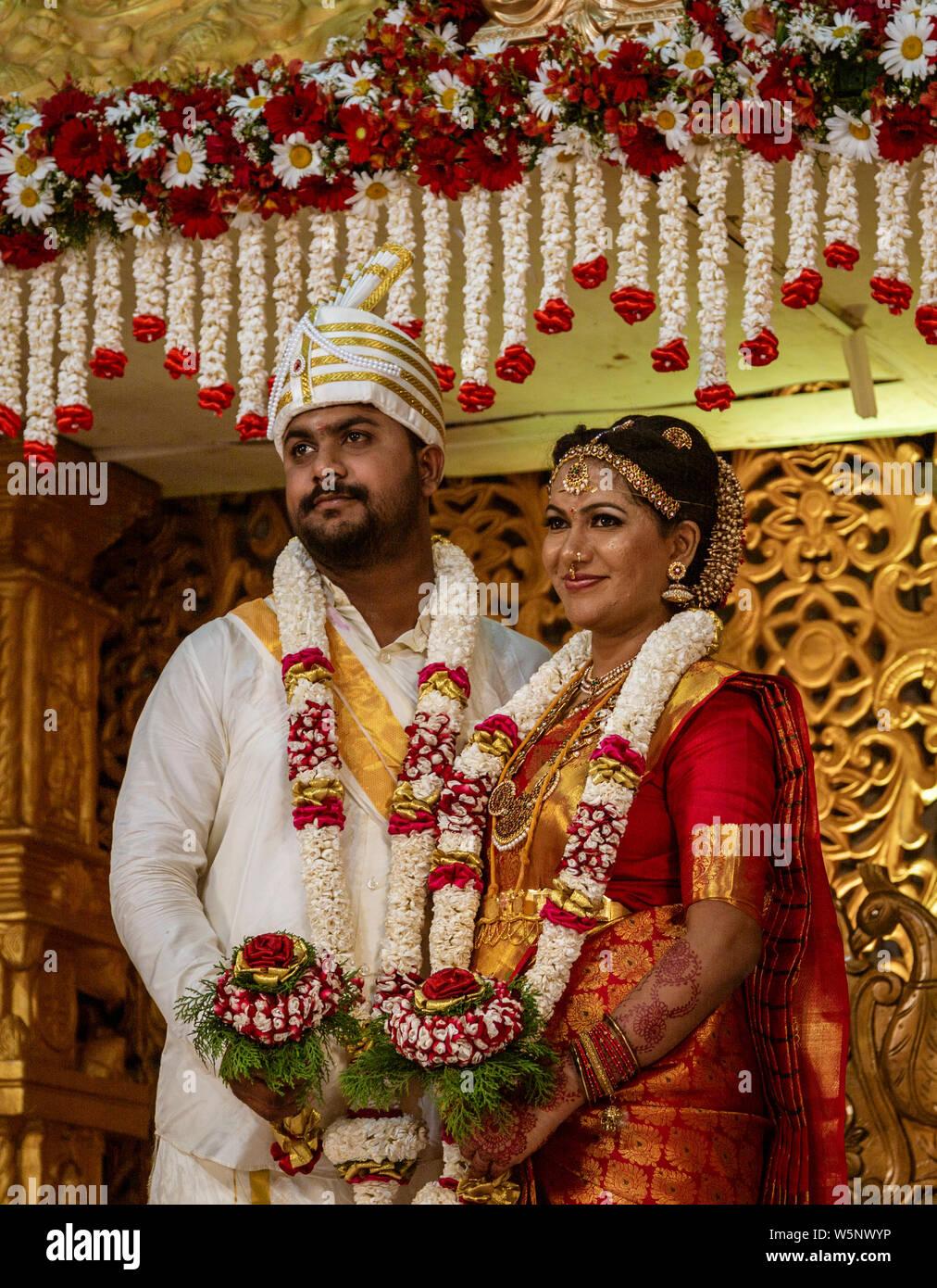 Kandy, Sri Lanka - 09-03-24 - Bride and Groom Portrait at Sri Lanka Hindu Wedding. Stock Photo