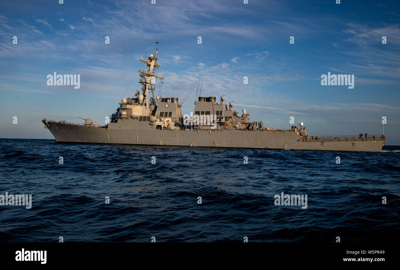 ATLANTIC OCEAN (July 26, 2019) — The Arleigh Burke-class guided-missile destroyer USS Porter (DDG 78) transits the Atlantic Ocean July 26, 2019. Porter, forward-deployed to Rota, Spain, is on its seventh patrol in the U.S. 6th Fleet area operations in support of U.S. national security interests in Europe and Africa. (U.S. Navy photo by Mass Communication Specialist 3rd Class T. Logan Keown/Released) Stock Photo