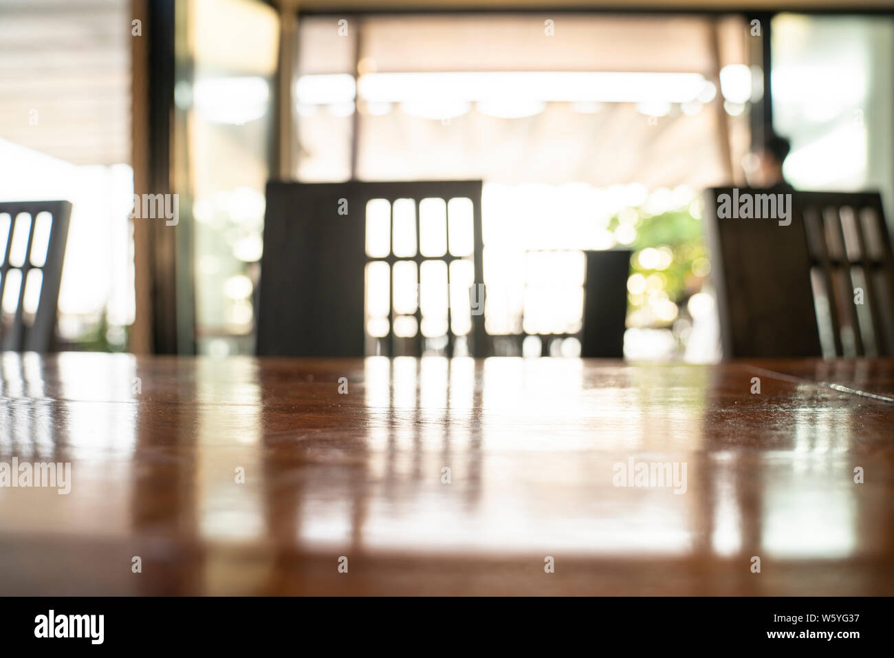 Close Up White Wooden Kitchen Chair Stock Photos & Close Up ...
