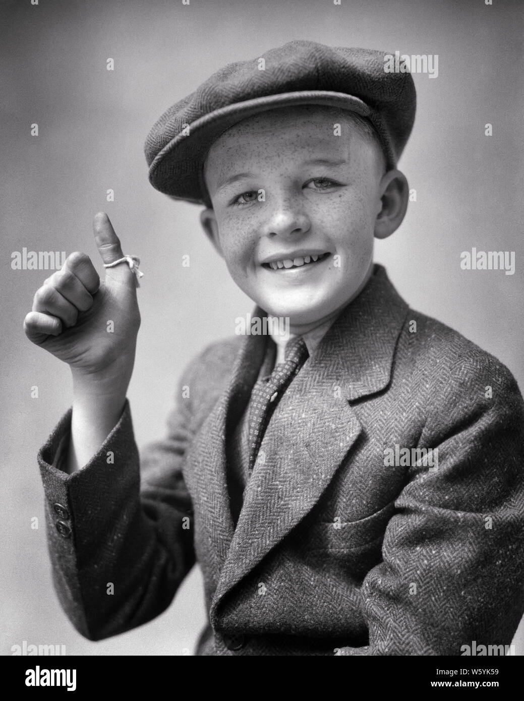 Suit Hat 1930s High Resolution Stock Photography And Images Alamy