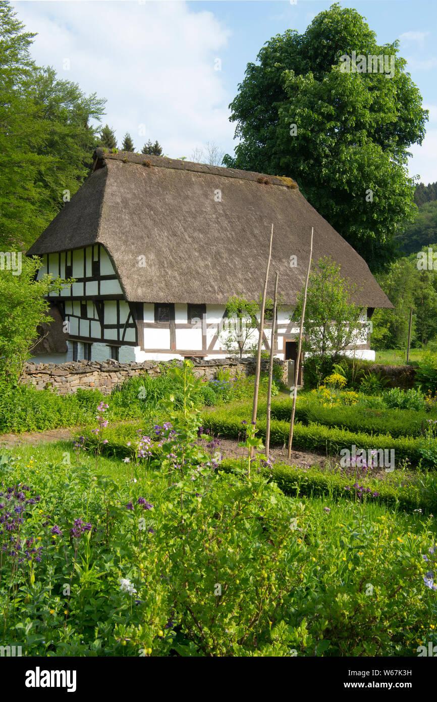Deutschland, Nordrhein-Westfalen, Oberbergischer Kreis, Marienheide, Museum Haus Dahl, auch Haus Schenk genannt, erbaut 1586 Stock Photo