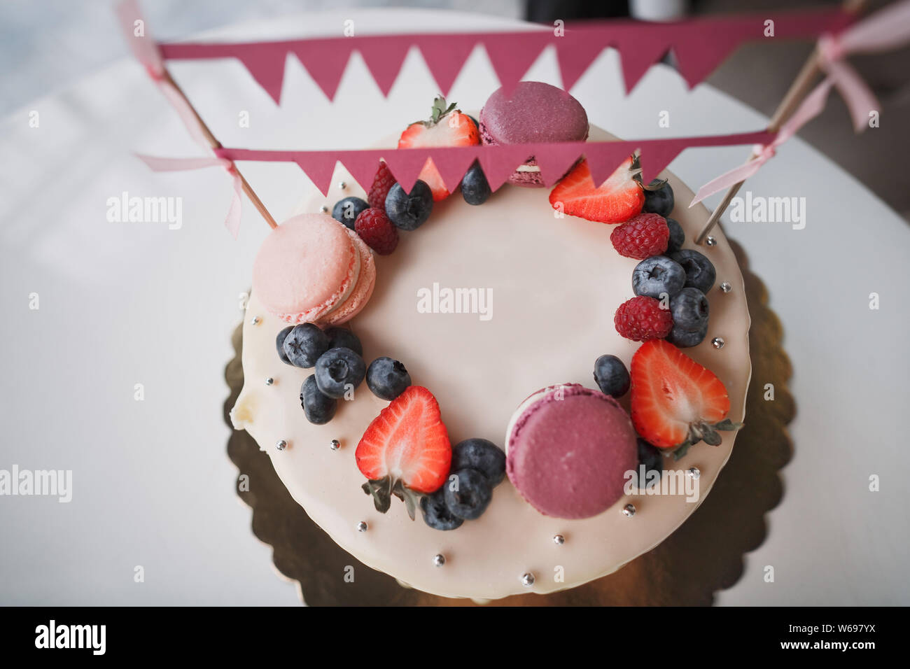 Swell Childrens Birthday Cake On The Cake There Are Raspberry Berries Funny Birthday Cards Online Inifodamsfinfo