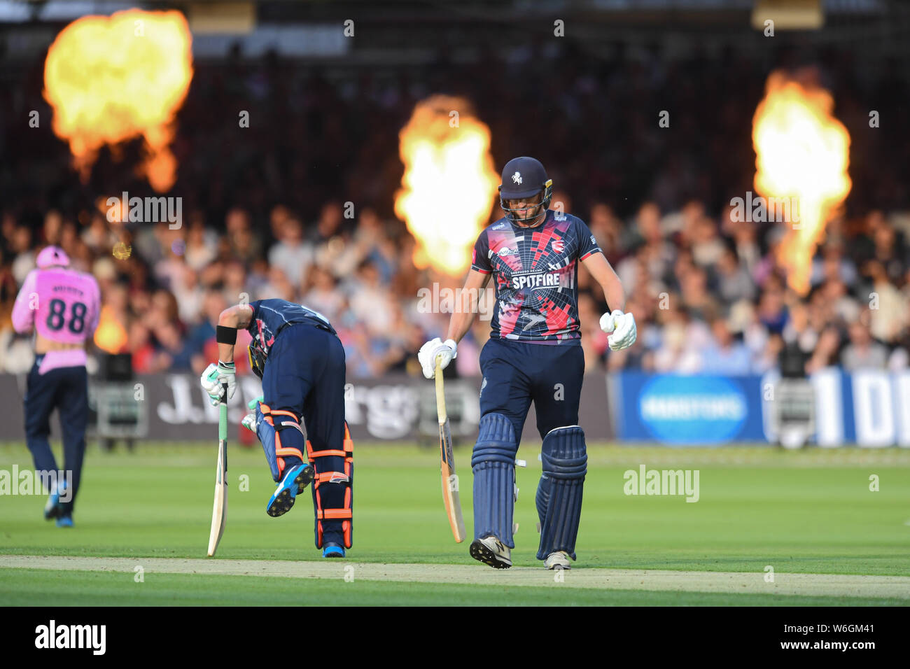 London, UK. 1st Aug, 2019. Alex Blake of Kent Cricket Club (right) in action during todays match during T20 Vitality Blast Fixture between Middesex vs Kent at The Lord Cricket Ground on Thursday, August 01, 2019 in LONDON ENGLAND. Credit: Taka G Wu/Alamy Live News Stock Photo