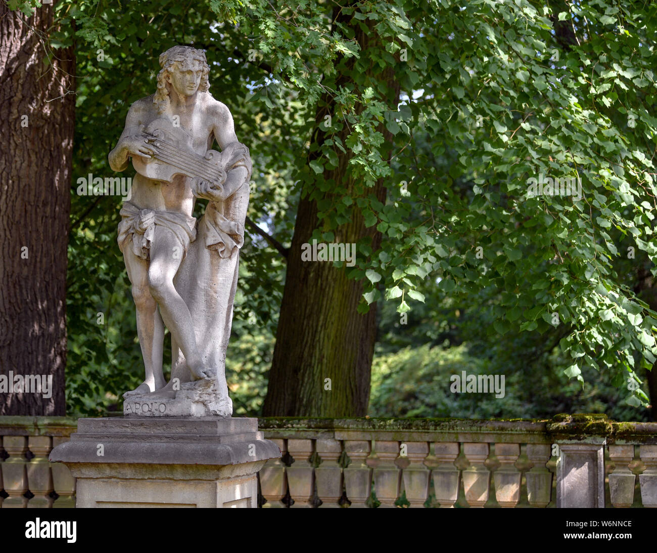 01 August 2019, Brandenburg, Wiepersdorf: A sandstone figure in the park of Wiepersdorf Castle. Since 01.08.2019 the castle has been under the sponsorship of the state of Brandenburg. The German Foundation for Monument Conservation has handed over the land and the buildings including the inventory of Wiepersdorf Castle to the newly founded Cultural Foundation. The state provides around 720,000 euros annually for the operation. According to the information provided, the reopening of the house and the arrival of the first scholarship holders in 2020 will be prepared. Photo: Patrick Pleul/dpa-Zen Stock Photo