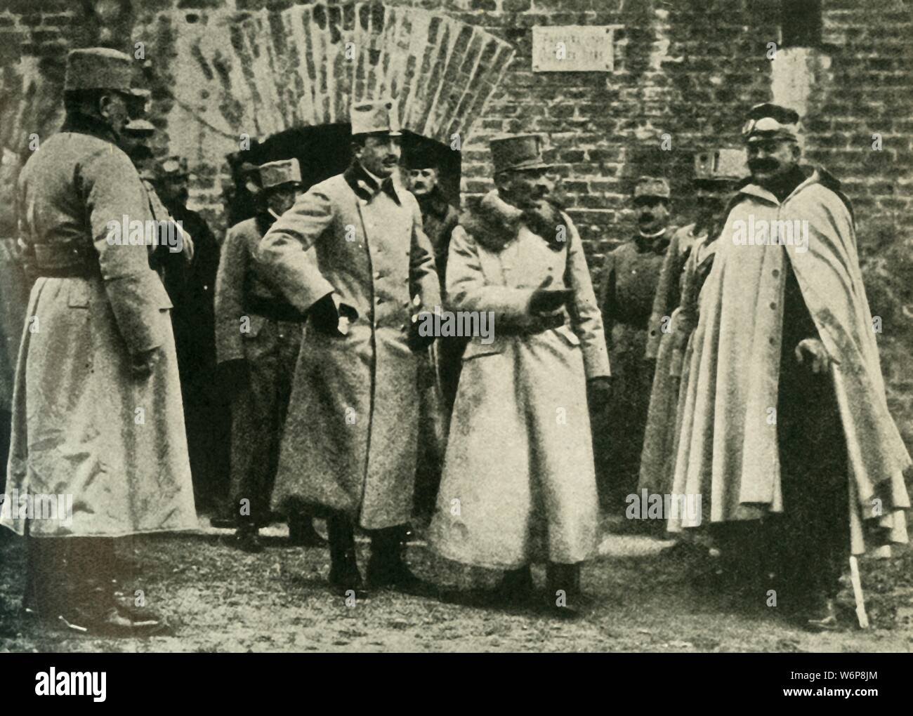 """General Kusmanek and Prince Francis Joseph at Przemysl Fortress, First World War, 1915, (c1920). 'The First Defence of Przemysl: General Kusmanek, the Austrian Commandant, conducting Prince Charles Francis Joseph round the Fortifications' at the fortress of Przemysl (now in south-eastern Poland). Hermann Kusmanek von Burgneustädten (1860-1934) was a Colonel-General of the Austro-Hungarian Army. Prince Francis Joseph of Braganza (1879-1919) served as an officer. From """"The Great World War - A History"""" Volume III, edited by Frank A Mumby. [The Gresham Publishing Company Ltd, London Stock Photo"""