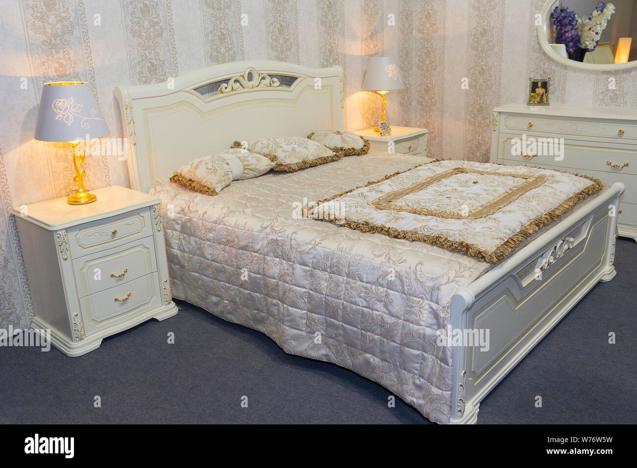Luxury Bedroom Furniture In A Classic Style Interier Stock Photo Alamy