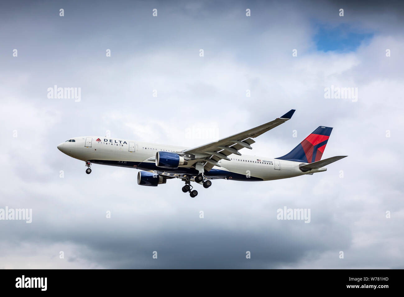 A330 Airliner Stock Photos & A330 Airliner Stock Images - Alamy