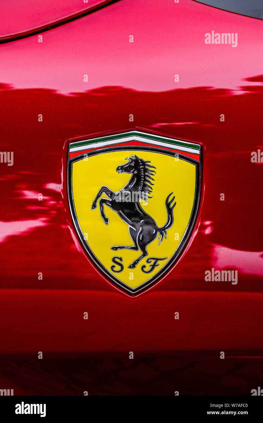 Yellow Scuderia Ferrari Logo High Resolution Stock Photography And Images Alamy